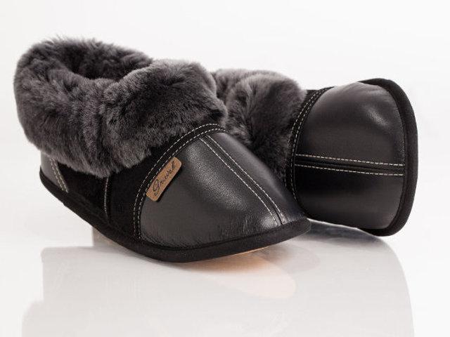 pantoufles cuir et su de pour homme gravel fourrures. Black Bedroom Furniture Sets. Home Design Ideas