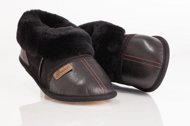 pantoufles en cuir su de pour femme gravel fourrures. Black Bedroom Furniture Sets. Home Design Ideas